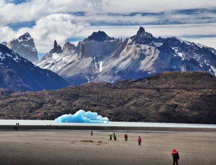 Torres del Paine Grey's Glacier beach