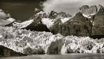Torres del Paine Grey's Glacier mountains