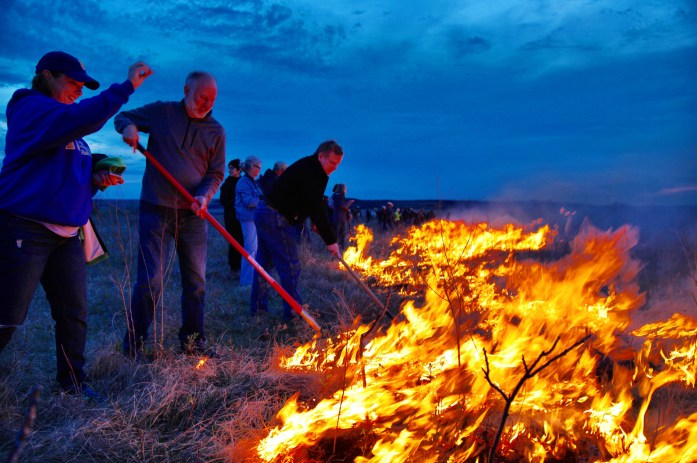 Flying W Ranch dusk fire