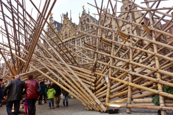 Grote Markt Antwerp wood sculpture people