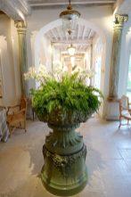 Les Pres d'Eugenie flower vase