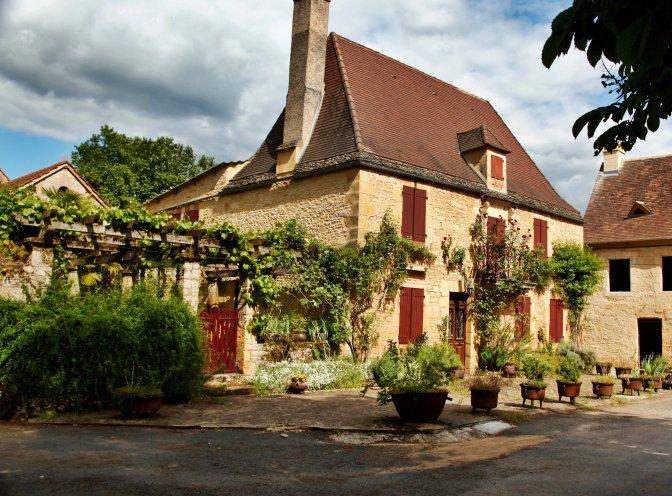 Saint-Leon-Sur-Vézère house