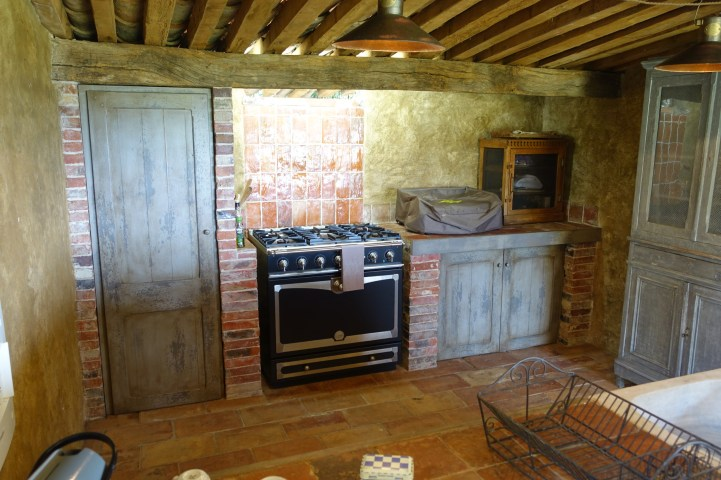 Domaine de Murtoli A Tiria kitchen appliances