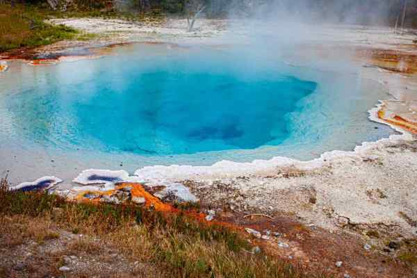 Yellowstone National Park Screensaver and Desktop Images Silex Spring