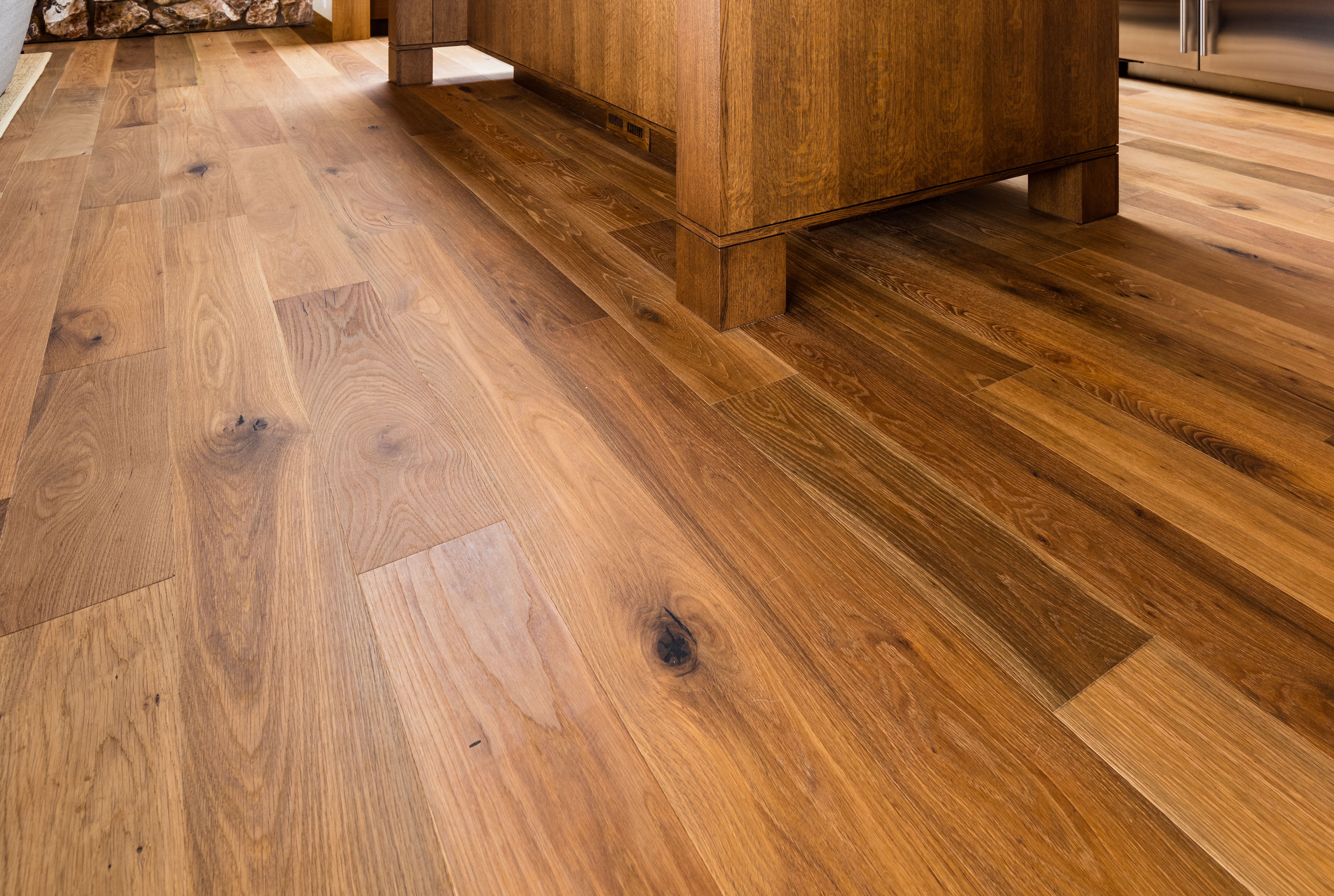 https homeguides sfgate com laying laminate wood floor over tiles 60765 html