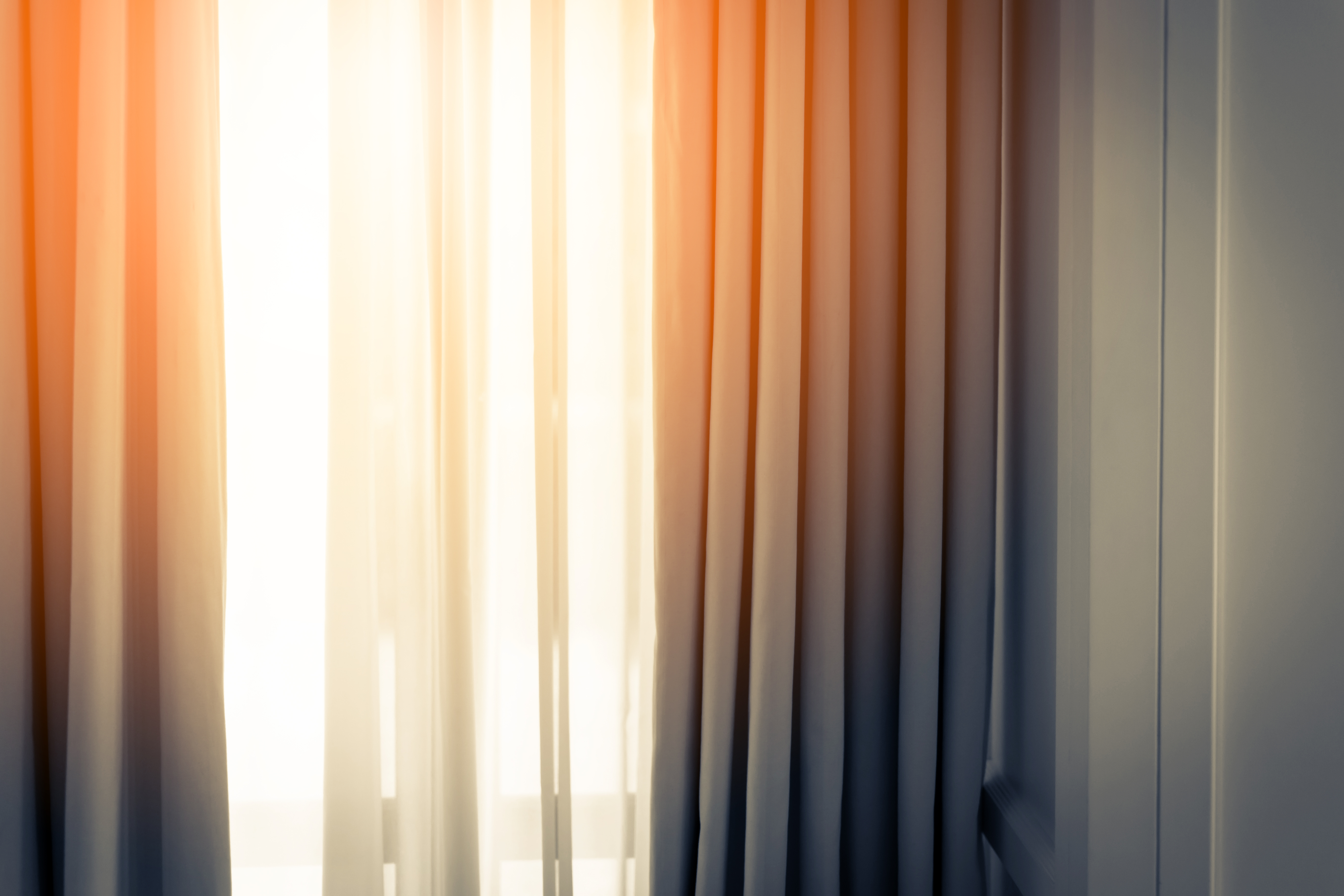 https homeguides sfgate com determine amount curtain panels needed 50951 html
