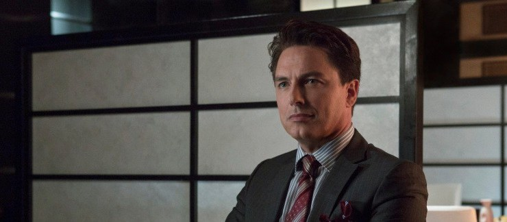 John Barrowman's Malcolm Merlyn To Join New 52?