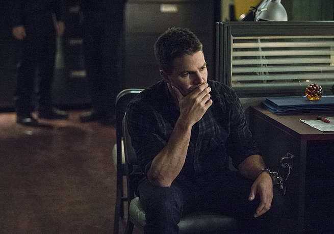 """Arrow -- """"Broken Arrow"""" -- Image AR319B_0198b --Pictured: Stephen Amell as Oliver Queen -- Photo: Cate Cameron/The CW -- © 2015 The CW Network, LLC. All Rights Reserved."""
