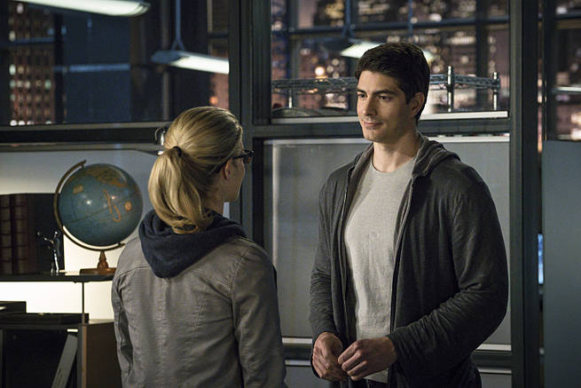 "Arrow -- ""My Name is Oliver Queen"" -- Image AR323B_0290b -- Pictured (L-R): Emily Bett Rickards as Felicity Smoak and Brandon Routh as Ray Palmer  -- Photo: Liane Hentscher/The CW -- © 2015 The CW Network, LLC. All Rights Reserved."