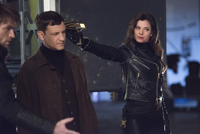 """The Flash -- """"Rogue Air"""" -- Image FLA122A_0400b -- Pictured (L-R): Liam McIntyre as Mark Mardon, Paul Anthony as Roy G. Bivolo and Peyton List as Lisa Snart -- Photo: Dean Buscher/The CW -- © 2015 The CW Network, LLC. All rights reserved."""