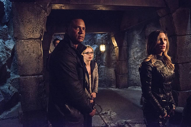 "Arrow -- ""This is Your Sword"" -- Image AR322B_00380b -- Pictured (L-R): David Ramsey as John Diggle, Emily Bett Rickards as Felicity Smoak and Katie Cassidy as Laurel Lance -- Photo: Cate Cameron/The CW -- © 2015 The CW Network, LLC. All Rights Reserved."