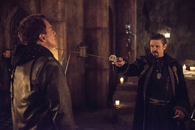 """Arrow -- """"This is Your Sword"""" -- Image AR322A_0226b -- Pictured (L-R): John Barrowman as Malcolm Merlyn and Matt Nable as Ra's al Ghul -- Photo: Cate Cameron/The CW -- © 2015 The CW Network, LLC. All Rights Reserved."""