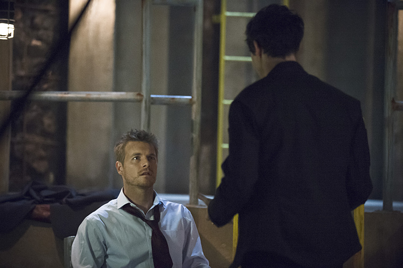 "The Flash -- ""Grodd Lives"" -- Image FLA121B_0131b -- Pictured: Rick Cosnett as Detective Eddie Thawne -- Photo: Cate Cameron/The CW -- © 2015 The CW Network, LLC. All rights reserved."