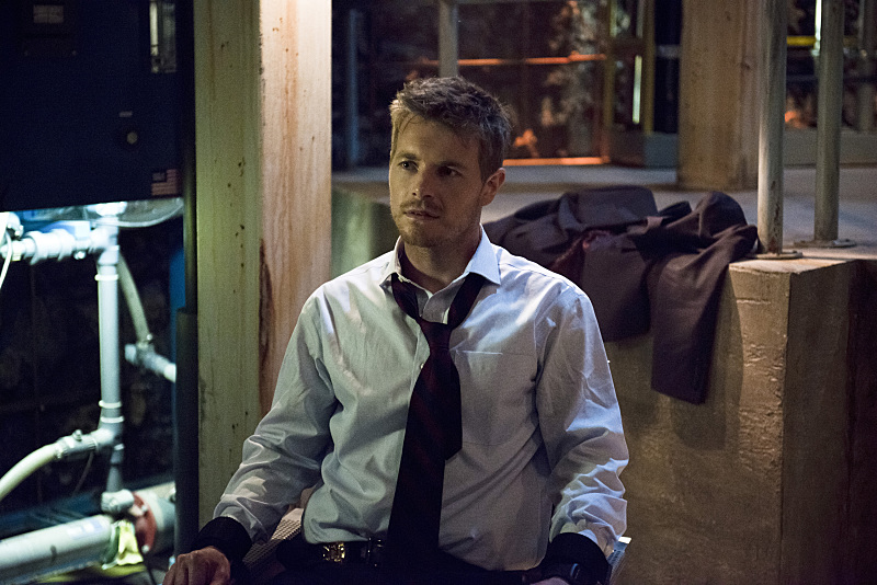 """The Flash -- """"Grodd Lives"""" -- Image FLA121B_0151b -- Pictured: Rick Cosnett as Detective Eddie Thawne -- Photo: Cate Cameron/The CW -- © 2015 The CW Network, LLC. All rights reserved."""