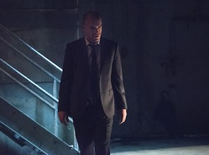 """Arrow -- """"Beyond Redemption"""" -- Image AR405B_0349b.jpg -- Pictured: Paul Blackthorne as Quentin Lance -- Photo: Dean Buscher/ The CW -- © 2015 The CW Network, LLC. All Rights Reserved."""