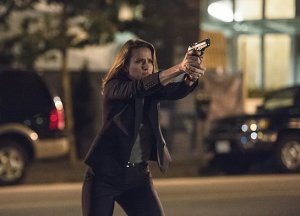 """The Flash -- """"The Fury of Firestorm"""" -- FLA204A_0226b -- Pictured: Shantel VanSanten as Patty Spivot -- Photo: Cate Cameron /The CW -- © 2015 The CW Network, LLC. All rights reserved."""