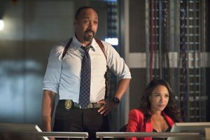 "The Flash -- ""Gorilla Warfare"" -- Image FLA207B_0299b.jpg -- Pictured (L-R): Jesse L. Martin as Detective Joe West and Candice Patton as Iris West -- Photo: Cate Cameron/The CW -- © 2015 The CW Network, LLC. All rights reserved."