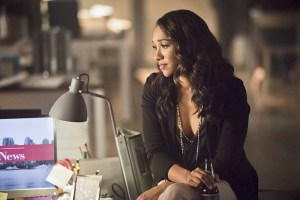 "The Flash -- ""Enter Zoom"" -- Image FLA206B_0150b.jpg -- Pictured: Candice Patton as Iris West -- Photo: Dean Buscher/The CW -- © 2015 The CW Network, LLC. All rights reserved."