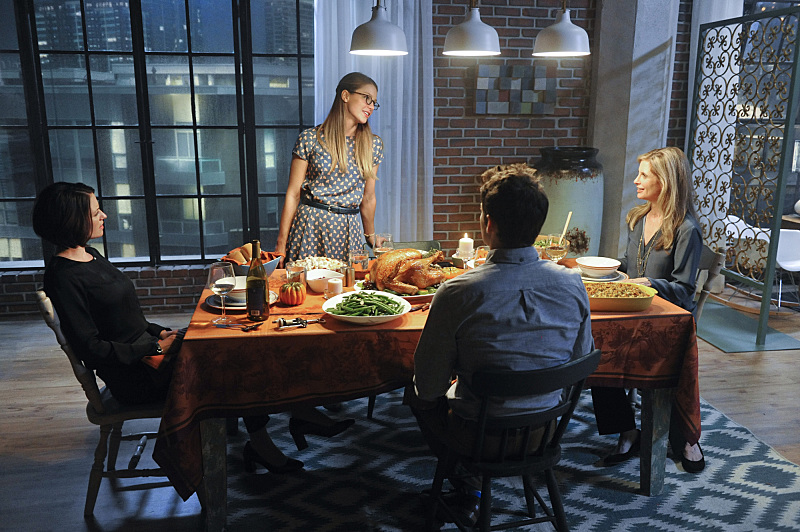 """""""Livewire"""" -- Kara's (Melissa Benoist, center standing) Thanksgiving may be ruined when she suspects her foster mother, Dr. Danvers (Helen Slater, right), who is coming to town, disapproves of her new role as a superhero, on SUPERGIRL, Monday, Nov. 23 (8:00-9:00 PM, ET/PT) on the CBS Television Network. Also pictured: Chyler Leigh (left) and Jeremy Jordan (center seated) Photo: Darren Michaels/Warner Bros. Entertainment Inc. © 2015 WBEI. All rights reserved."""
