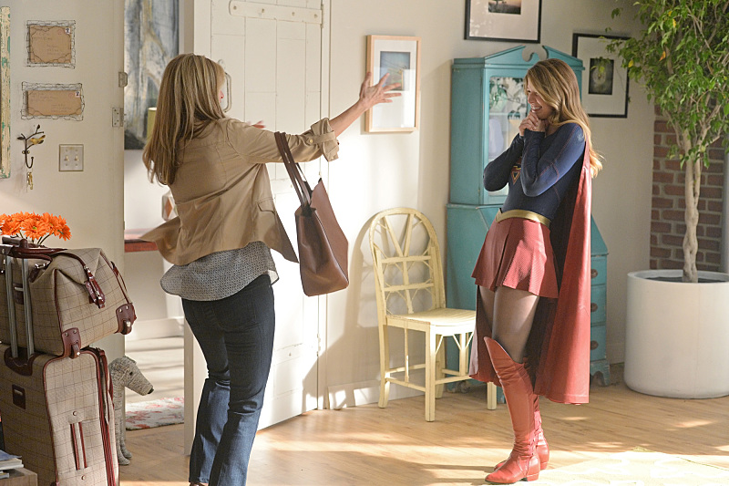 """Livewire"" -- Kara's (Melissa Benoist, right) Thanksgiving may be ruined when she suspects her foster mother, Dr. Danvers (Helen Slater, left), who is coming to town, disapproves of her new role as a superhero, on SUPERGIRL, Monday, Nov. 23 (8:00-9:00 PM, ET/PT) on the CBS Television Network.  Photo: Darren Michaels/Warner Bros. Entertainment Inc. © 2015 WBEI. All rights reserved."