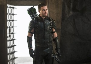 """Arrow -- """"Haunted"""" -- Image AR404B_0233b.jpg -- Pictured: Stephen Amell as The Arrow -- Photo: Cate Cameron/ The CW -- © 2015 The CW Network, LLC. All Rights Reserved."""