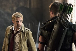 """Arrow -- """"Haunted"""" -- Image AR404B_0312b.jpg -- Pictured (L-R): Matt Ryan as Constantine and Stephen Amell as The Arrow -- Photo: Cate Cameron/ The CW -- © 2015 The CW Network, LLC. All Rights Reserved."""