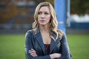 "Arrow -- ""Dark Waters"" -- Image AR409A_0278b.jpg -- Pictured: Katie Cassidy as Laurel Lance -- Photo: Diyah Pera/ The CW -- © 2015 The CW Network, LLC. All Rights Reserved."