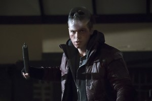 """Arrow -- """"Blood Debts"""" -- Image AR410B_0130b.jpg -- Pictured: Alexander Calvert as Anarky -- Photo: Katie Yu/ The CW -- © 2015 The CW Network, LLC. All Rights Reserved."""