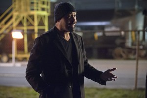"""The Flash -- """"Potential Energy"""" -- Image FLA210a_9546b -- Pictured: Jesse L. Martin as Detective Joe West -- Photo: Jack Rowand/The CW -- © 2016 The CW Network, LLC. All rights reserved."""