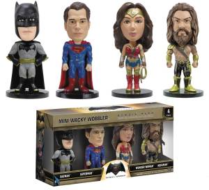 BATMAN VS SUPERMAN MINI WACKY WOBBLER 4PK SET
