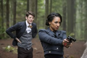 "The Flash -- ""Escape From Earth-2"" -- Image FLA214b_0126b -- Pictured (L-R): Grant Gustin as Earth 2 Barry Allen and Candice Patton as Earth 2 Iris West -- Photo: Bettina Strauss/The CW -- © 2016 The CW Network, LLC. All rights reserved."