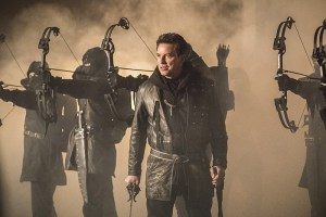 """Arrow -- """"Sins of the Father"""" -- Image AR413b_0549b.jpg -- Pictured John Barrowman as Malcolm Merlyn -- Photo: Dean Buscher/ The CW -- © 2016 The CW Network, LLC. All Rights Reserved."""