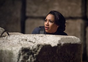 "The Flash -- ""Welcome to Earth-2"" -- Image FLA213a_0085b -- Pictured: Candice Patton as Earth 2 Iris West -- Photo: Diyah Pera/The CW -- © 2016 The CW Network, LLC. All rights reserved."