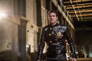 "The Flash -- ""Welcome to Earth-2"" -- Image FLA213a_0054b -- Pictured: Robbie Amell as Death Storm -- Photo: Diyah Pera/The CW -- © 2016 The CW Network, LLC. All rights reserved."