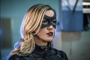 """Arrow -- """"Unchained"""" -- Image AR412A_0214b.jpg -- Pictured: Katie Cassidy as Black Canary -- Photo: Liane Hentscher/ The CW -- © 2016 The CW Network, LLC. All Rights Reserved."""