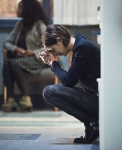 """Arrow -- """"Canary Cry"""" -- Image AR419a_0054b.jpg -- Pictured: Willa Holland as Thea Queen -- Photo: Dean Buscher/The CW -- © 2016 The CW Network, LLC. All Rights Reserved."""