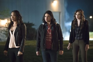 """The Flash -- """"The Race of His Life"""" -- Image: FLA223b_0069b.jpg -- Pictured (L-R): Candice Patton as Iris West, Carlos Valdes as Cisco Ramon and Danielle Panabaker as Caitlin Snow -- Photo: Katie Yu/The CW -- © 2016 The CW Network, LLC. All rights reserved."""