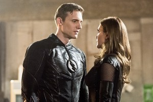 "The Flash -- ""Invincible"" -- Image: FLA222b_0018b.jpg -- Pictured (L-R): Teddy Sears as Jay Garrick and Katie Cassidy as Black Siren -- Photo: Dean Buscher/The CW -- © 2016 The CW Network, LLC. All rights reserved."