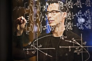 "The Flash -- ""Rupture"" -- Image: FLA220b_0168b.jpg -- Pictured: Tom Cavanagh as Harrison Wells -- Photo: Bettina Strauss/The CW -- © 2016 The CW Network, LLC. All rights reserved."