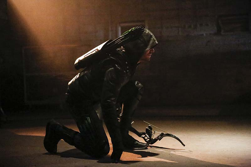 """Arrow -- """"Legacy"""" -- Image AR501c_0155b --- Pictured: Stephen Amell as Green Arrow -- Photo: Bettina Strauss/The CW -- Ì?å© 2016 The CW Network, LLC. All Rights Reserved."""