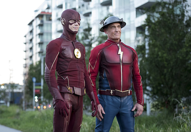 "The Flash -- ""Paradox"" -- Image: FLA302a_0267b.jpg -- Pictured (L-R): Grant Gustin as The Flash and John Wesley Shipp as Jay Garrick -- Photo: Dean Buscher/The CW -- © 2016 The CW Network, LLC. All rights reserved."