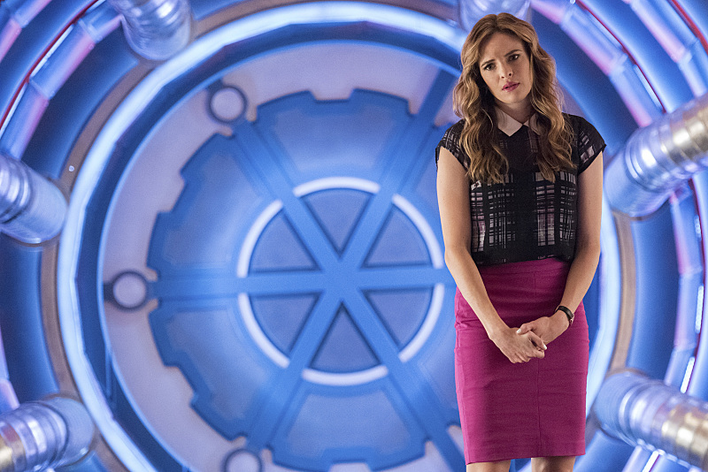 "The Flash -- ""Magenta"" -- Image: FLA303a_0040b.jpg -- Pictured: Danielle Panabaker as Caitlin Snow -- Photo: Dean Buscher/The CW -- © 2016 The CW Network, LLC. All rights reserved."