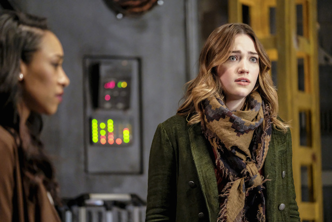 "The Flash -- ""The Wrath of Savitar"" -- FLA315a_0192b.jpg -- Pictured (L-R): Candice Patton as Iris West and Violett Beane as Jesse Quick -- Photo: Bettina Strauss/ The CW -- © 2017 The CW Network, LLC. All rights reserved."