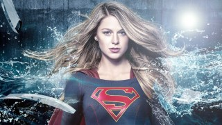 supergirl interview sdcc2017 dc comics news