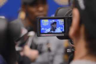 Golden State Warriors F Kevin Durant (35) answers questions during the Warriors end-of-season media session at their practice facility in Oakland, Calif. on Wednesday, Jun. 14, 2017. On Monday, the Warriors beat the Cleveland Cavaliers to win the NBA Finals.