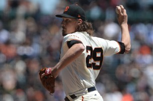 San Francisco Giants pitcher Jeff Samardzija (29) throws a pitch in the first inning as the Pittsburgh Pirates face the San Francisco Giants at AT&T Park in San Francisco, Calif., on Wednesday, July 26, 2017.