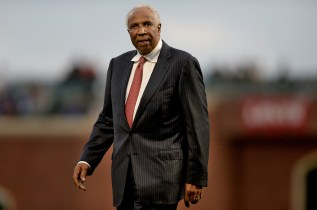 Hall of Famer Frank Robinson walks to the mound as he is recognized by the Giants on African American Heritage Night as the Los Angeles Dodgers face the San Francisco Giants at AT&T Park in San Francisco, Calif., on Wednesday, September 13, 2017.