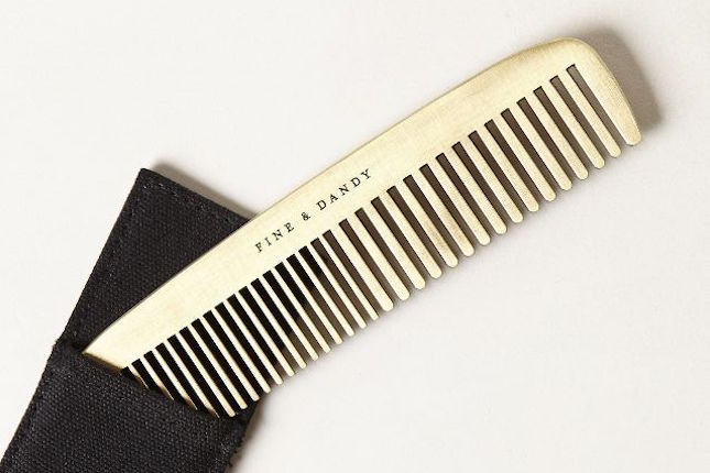 healthy-hair-tips-comb