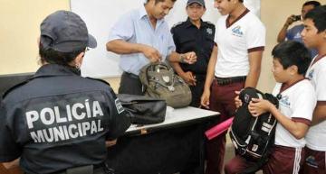 """El SNTE de Michoacán apoya el operativo """"Mochila Segura"""""""