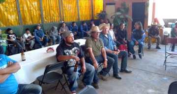 Entregan cisternas para agua a familias de San Luis de los Agustinos